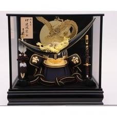<トイザらス> 送料無料【五月人形】トイザらス限定 着用兜ケース飾り 「伊達政宗満月に金彩龍」